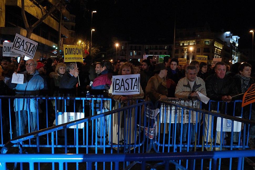 Protesta en contra del Partido Popular ante su sede en la calle Génova de Madrid (1 de febrero de 2013) (2)
