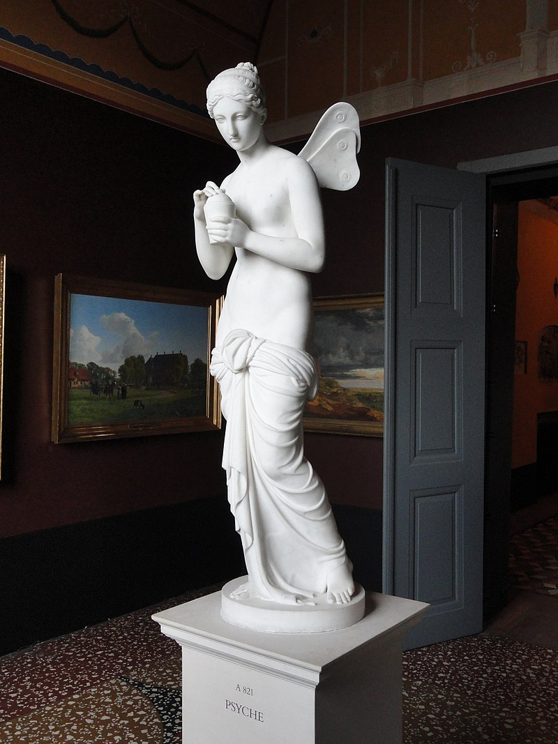 https://upload.wikimedia.org/wikipedia/commons/thumb/6/6f/Psyche_-_Thorvaldsens_Museum_-_DSC08799.JPG/800px-Psyche_-_Thorvaldsens_Museum_-_DSC08799.JPG