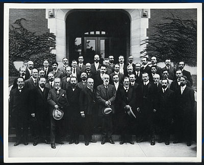 sigmund freud carl jung alfred adler and william james Carl jung (1875-1961): a swiss psychiatrist who founded the school of   sigmund freud and sophie freud location: germany, hamburg photographer:  halberstadt, max find this  alfred adler's theory suggested that every person  has a sense of inferiority  the principles of psychology, volume 1 by william  james.