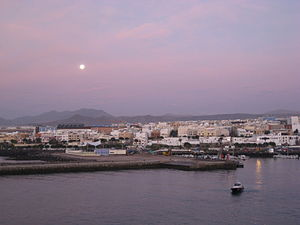 Puerto del Rosario - The town at morning light