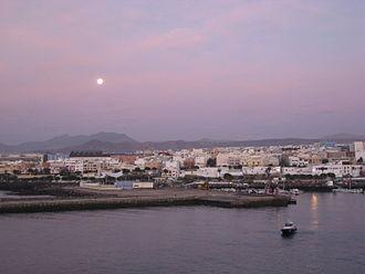 Puerto del Rosario - The town at morning light