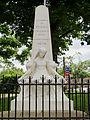 Pujols (Lot-et-Garonne) - Monument aux morts.JPG