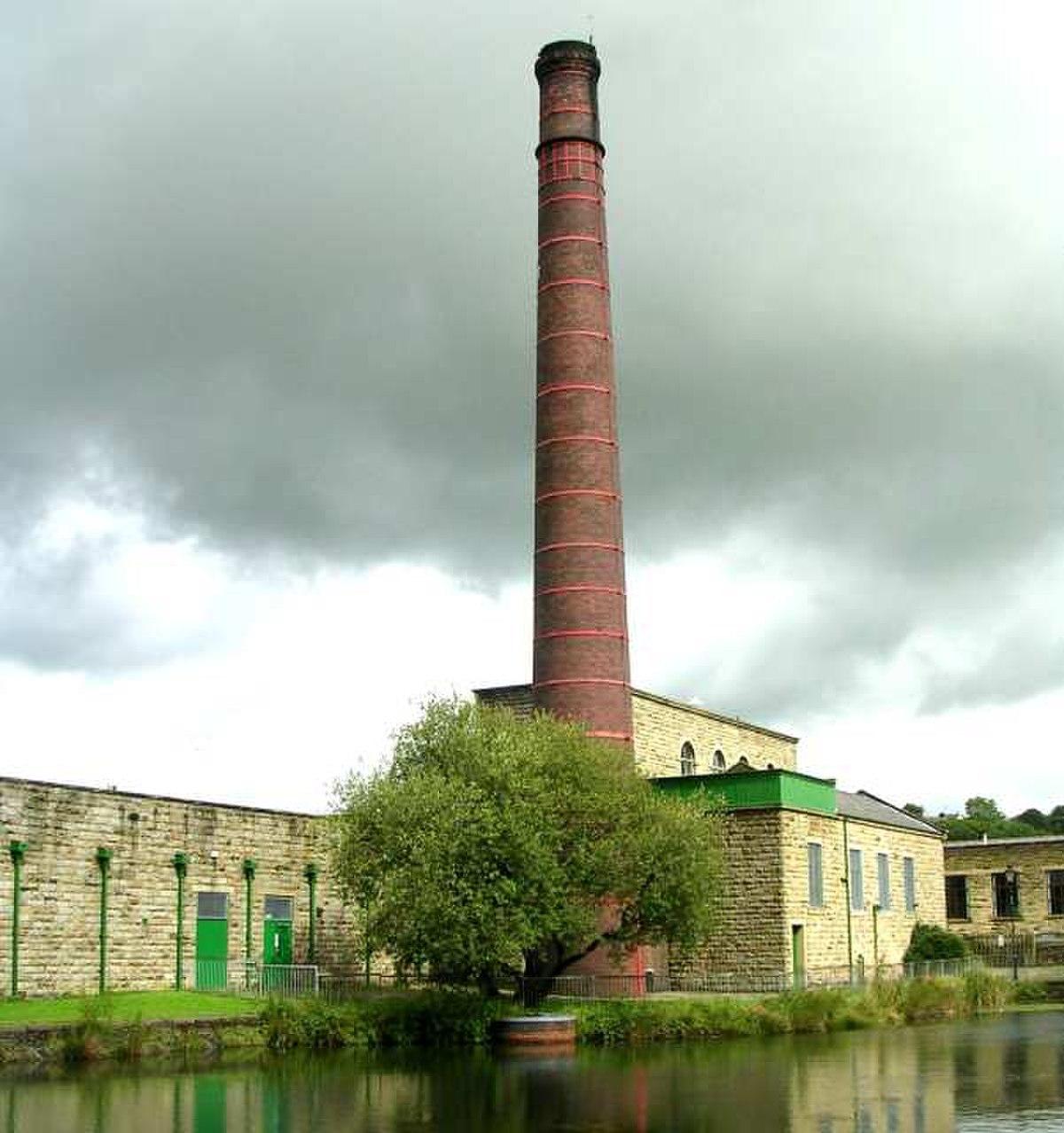 Queen Street Mill - geograph.org.uk - 528581.jpg