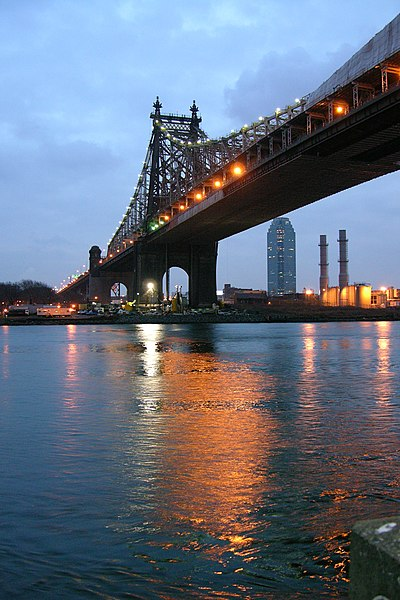 Image:Queensboro Bridge From Roosevelt Island Night.jpg