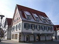 Rathaus wolfschlugen.JPG