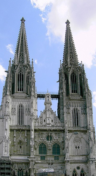 St. Peter's Church - the Regensburg Cathedral Regensburg cathedral front.jpg