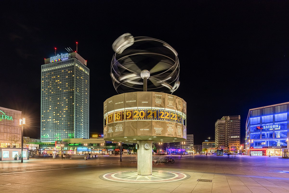 World Clock (Alexanderplatz) - Wikipedia