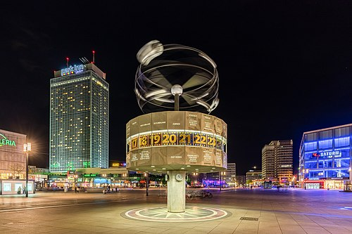 Reloj Mundial, Berlín, Alemania, 2016-04-22, DD 46-48 HDR.jpg