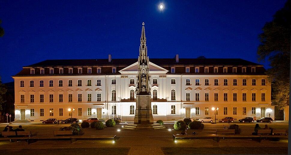 Rubenowplatz Greifswald.jpg