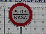 Ruzyně, letiště, značka STOP KASA.jpg