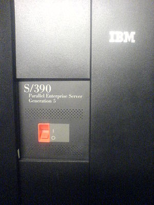 IBM System/390 ES/9000 Enterprise Systems Architecture ESA family - Front cover of the IBM S/390 Parallel Enterprise Server Generation 5