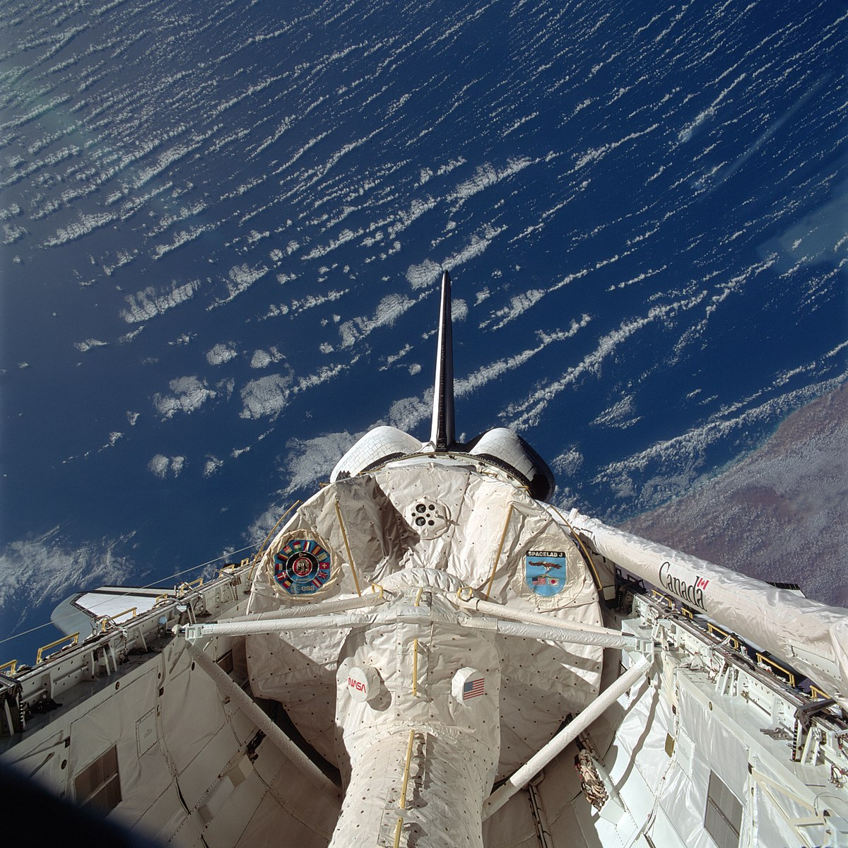 Endeavour STS-47 (1992) 1200px-STS-47_payloadbay