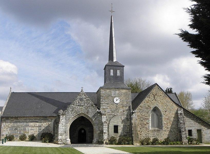 Église Saint-Aignan, commune de Saint-Aignan (56). Vue méridionale.