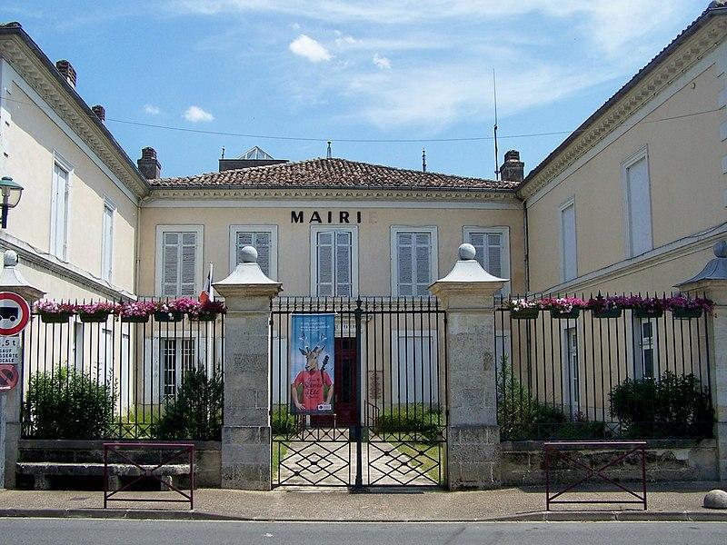 Mairie de Saint-Symphorien, Gironde, France
