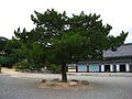Samcheonbuljeon at Girimsa-Gyeongju-Korea-04.jpg