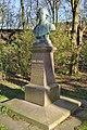 Samuel-Heinicke-Denkmal (Hamburg-Eppendorf).ajp.jpg