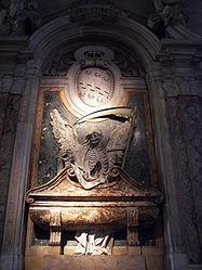 San Pietro in Vincoli tomb 2.jpg