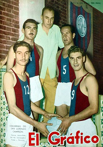 San Lorenzo de Almagro (basketball) - The 1956 champions posing for El Gráfico