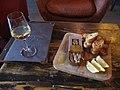 Sardines et pain grillé 02.jpg