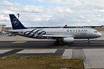 Saudi Arabian Airlines, HZ-ASF, Airbus A320-214 (20166016208).jpg