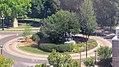 Selkirk Settlers Monument, Waterfront Drv, Winnipeg (501328) (15005317432).jpg