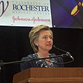 Senator Clinton joins University of Rochester Medical Center and Johnson & Johnson to Announce Research Partnership DCP 0214.jpg