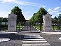 Seringes-et-Nesles Oise-Aisne American Cemetery entrance 2.jpg
