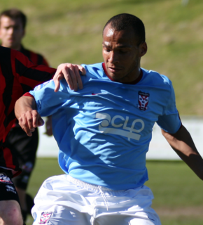 Simon Brown (footballer, born 1983)