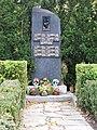Skalka, Mukařovská, pomník 2. světové války.jpg