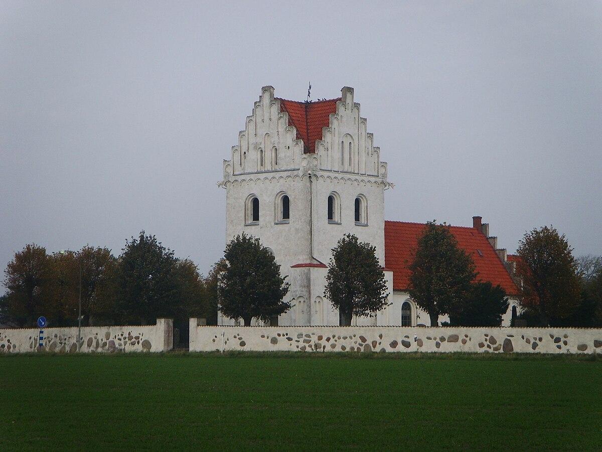 Bronslder p toftmark och medeltid p grd nr 12 i Skegrie