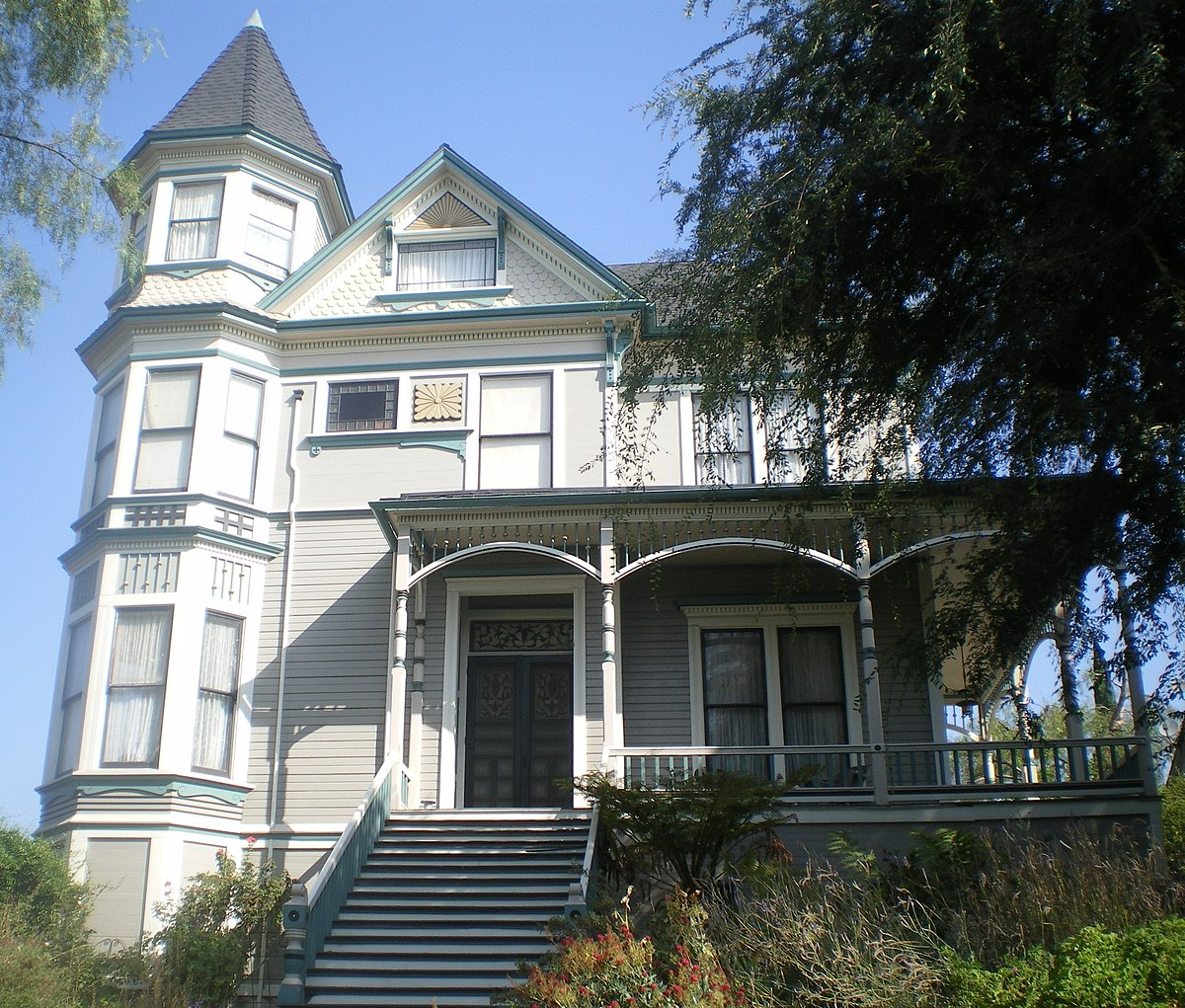 Smith Estate (Los Angeles)