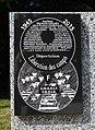 Stèle, rue des Fusillés du 11 juin 1944, Mussidan (détail).jpg
