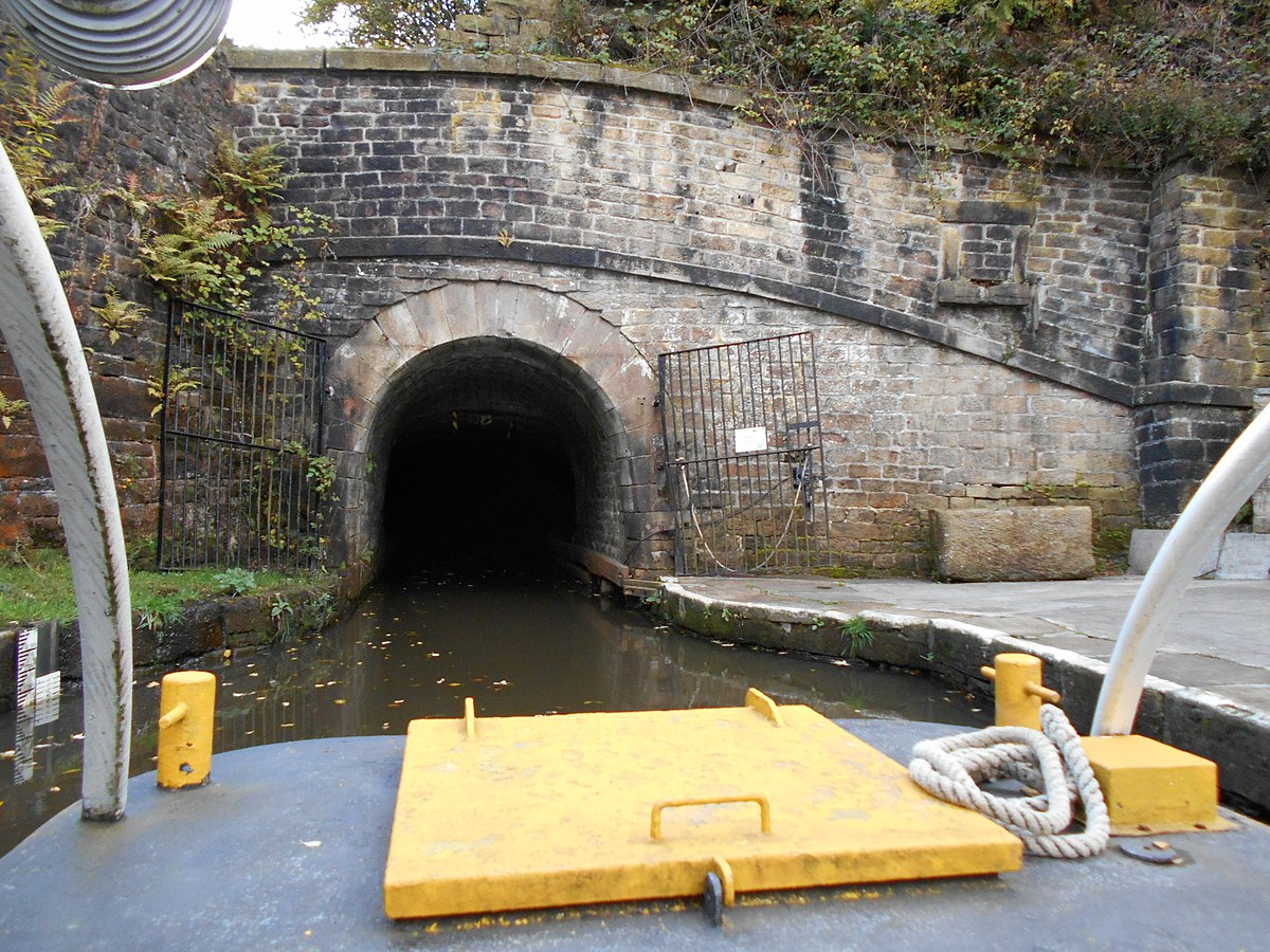Standedge canal tunnel. Eastern portal.JPG