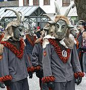 Costume - Wikipedia