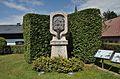 Stelzhamer monument, Henndorf 02.jpg