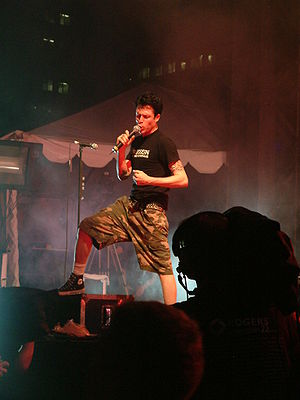 "Steve Jocz - Jocz singing during ""Pain for Pleasure"" in 2003."