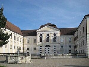Geras Abbey - Abbey courtyard