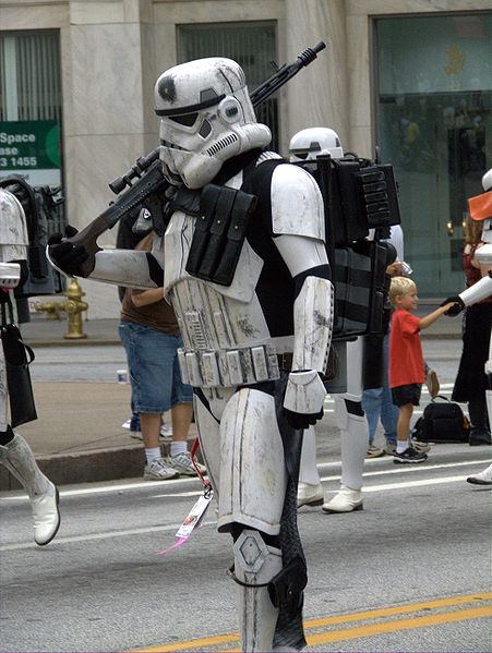 http://upload.wikimedia.org/wikipedia/commons/thumb/6/6f/Stormtrooper_veteran.jpg/451px-Stormtrooper_veteran.jpg