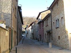 Saint-Romain-au-Mont-d'Or - A street in Saint-Romain-au-Mont-d'Or