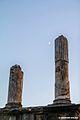 Teatro Romano Sessa Aurunca - colonne e Luna.jpg