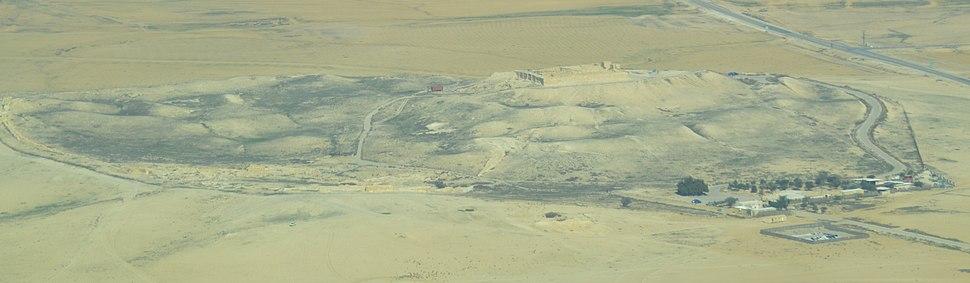 תצלום אווירי של התל
