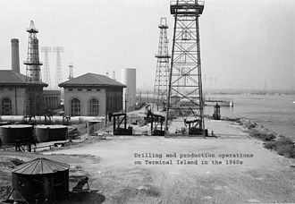 Wilmington Oil Field - Terminal Island drilling and production operations in the 1940s.