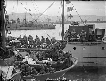 British and French troops evacuated from Dunkirk arrive at Dover. The British Army in the UK- Evacuation From Dunkirk, May-June 1940 H1621.jpg