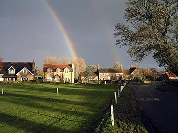 ThorntonWatlassVillageGreen(JohnChamberlain)Nov2006.jpg