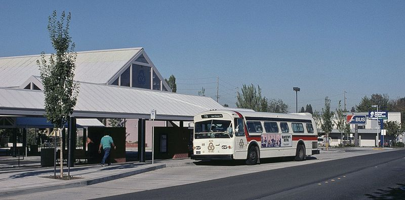 File:Tigard TC in 1988 with Greyhound sign.jpg