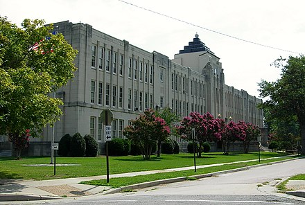 The Art Deco-styled Thomas Jefferson High School in the near West End Tjhs.jpg