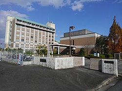 Tokaigakuen University Main Gate(2017).jpg