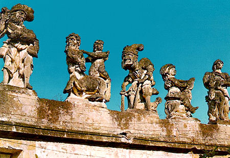 "Villa Palagonia. ""Dei Monstri"" a series of sculpture of Grotesques which adorn the parapet of the villa Tommaso Napoli, Villa Palagonia (Bagheria).jpg"