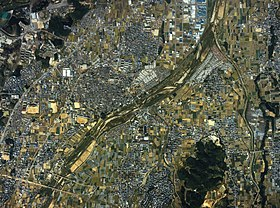 Tondabayashi city center area Aerial photograph.1985.jpg