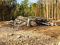 Toucy-FR-89-Bois-Terrier-en terrassement-pylones-02.jpg